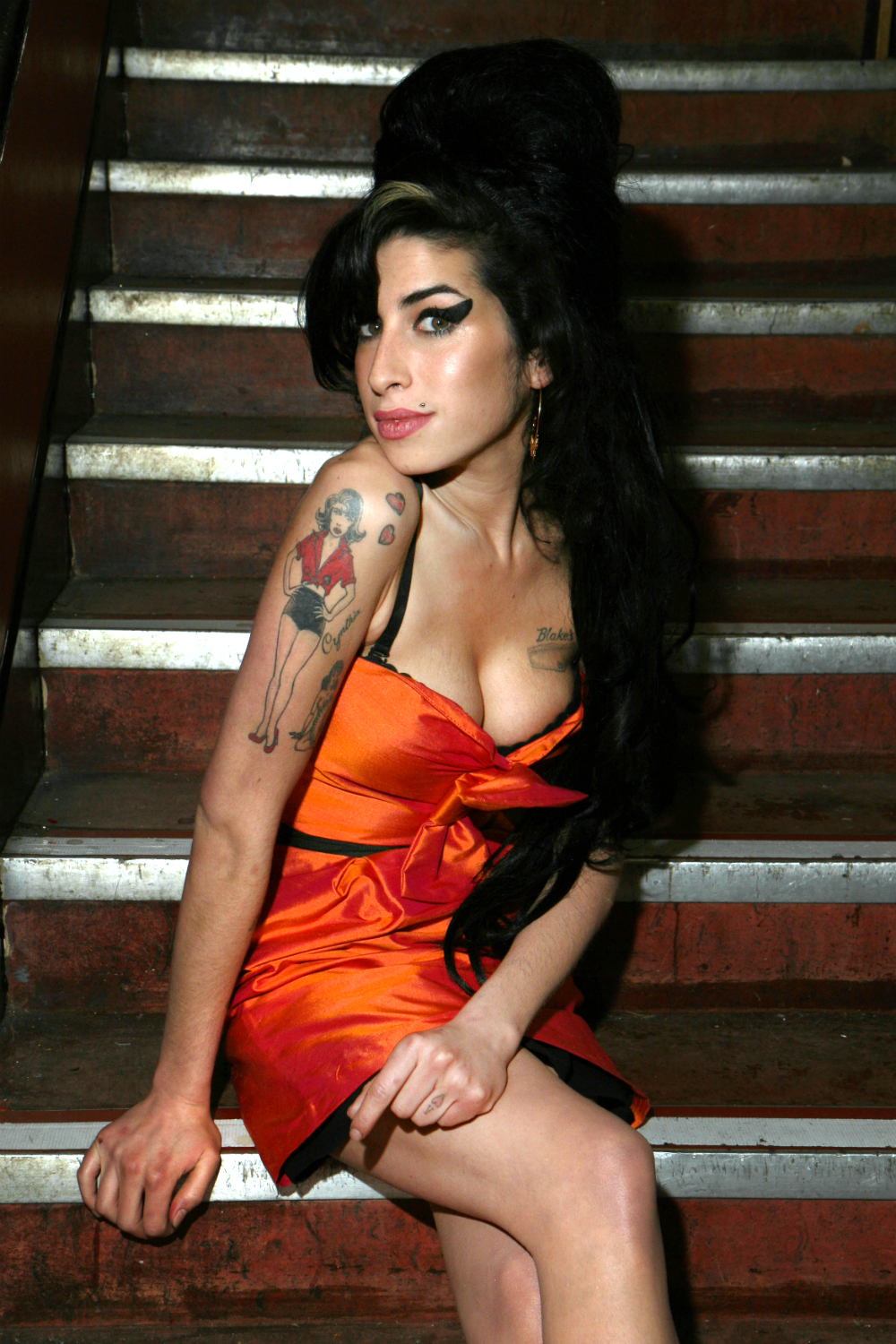 Amy Winehouse, backstage at the Porchester Hall, 2007. Photographer: Mark Allan.
